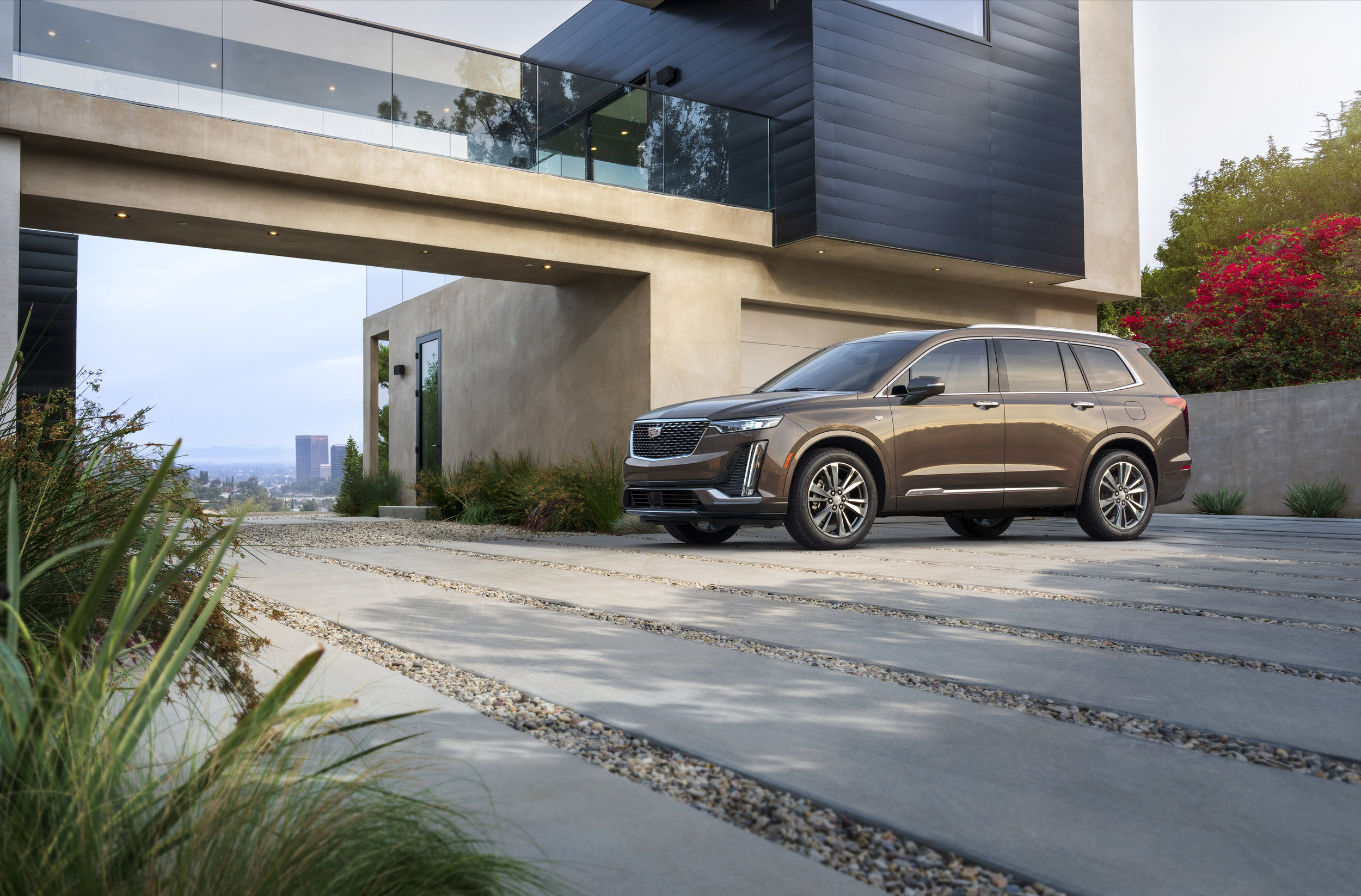 2020-Cadillac-XT6-Luxury-012.jpg