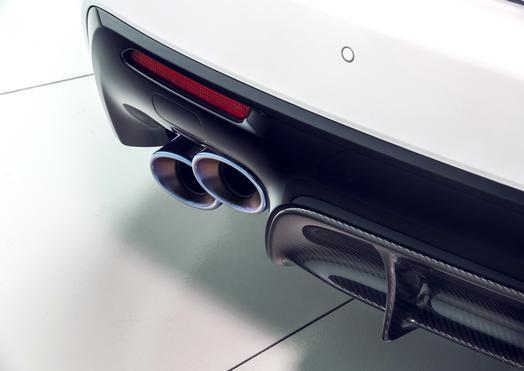 2020_Lexus_RC_F_Track_Edition_06_9FA25508970E1D76FB424984D15034BBC1A0340A_low.jpg