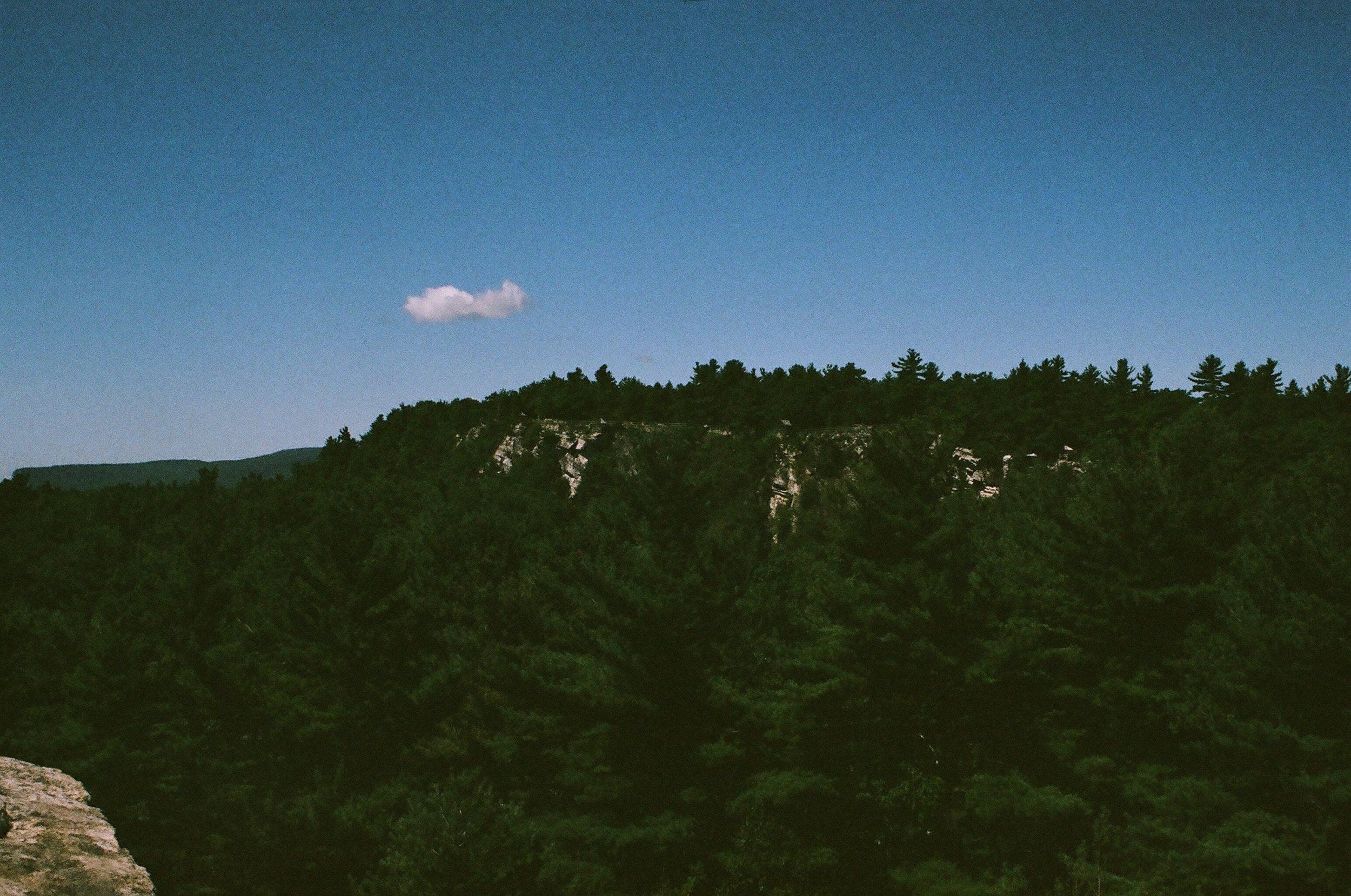 Eagle Cliff Mohonk.JPG