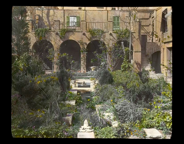 Photograph by Frances Benjamin Johnston of Charlotte Hunnewell Sorchan house, Turtle Bay Gardens, 228 East 49th Street, NYC. Library of Congress. ppmsca 16676  http://hdl.loc.gov/loc.pnp/ppmsca.16676