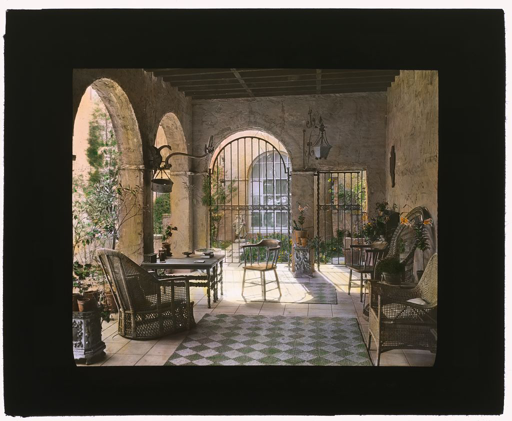 Photograph by Frances Benjamin Johnston of Charlotte Hunnewell Sorchan house, Turtle Bay Gardens, 228 East 49th Street, New York, New York. Loggia. Library of Congress. ppmsca 16101  http://hdl.loc.gov/loc.pnp/ppmsca.1610