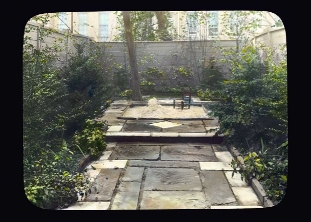 Photography by Frances Benjamin Johnston of Dr. Henry Alexander Murray, Jr., house, 129 East 69th Street, New York, New York. View from terrace to sandbox. Library of Congress.   ppmsca 16663  http://hdl.loc.gov/loc.pnp/ppmsca.16663