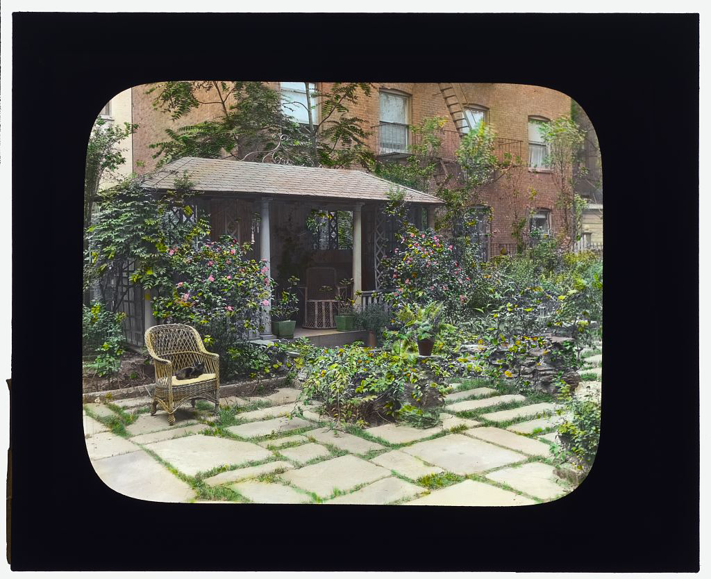 Photograph by Frances Benjamin Johnston of Charles Clinton Marshall house, 117 West 55th Street, NYC. Library of Congress. ppmsca 16135  http://hdl.loc.gov/loc.pnp/ppmsca.16135