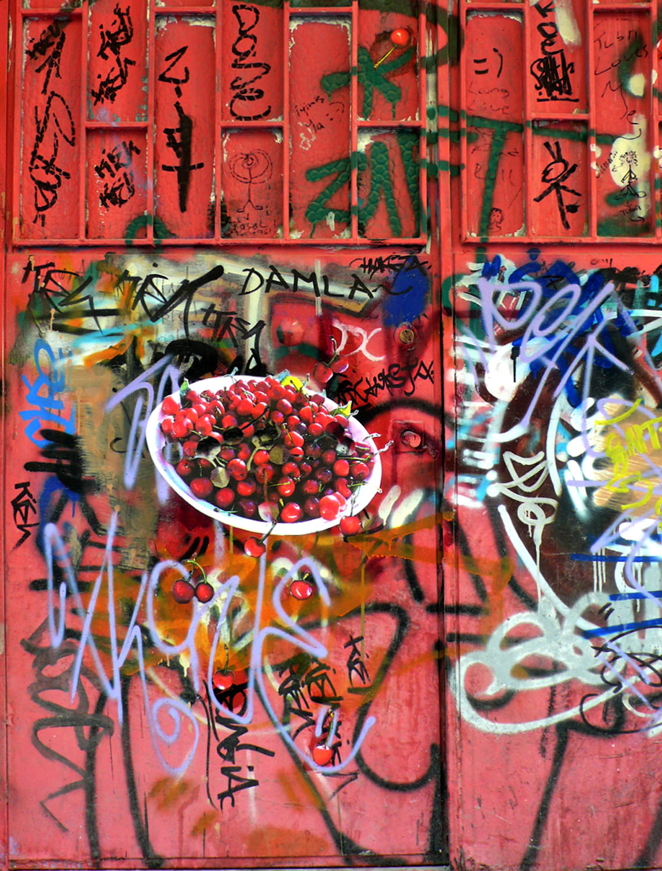 Bowl of Cherries on Istanbul door, Istanbul