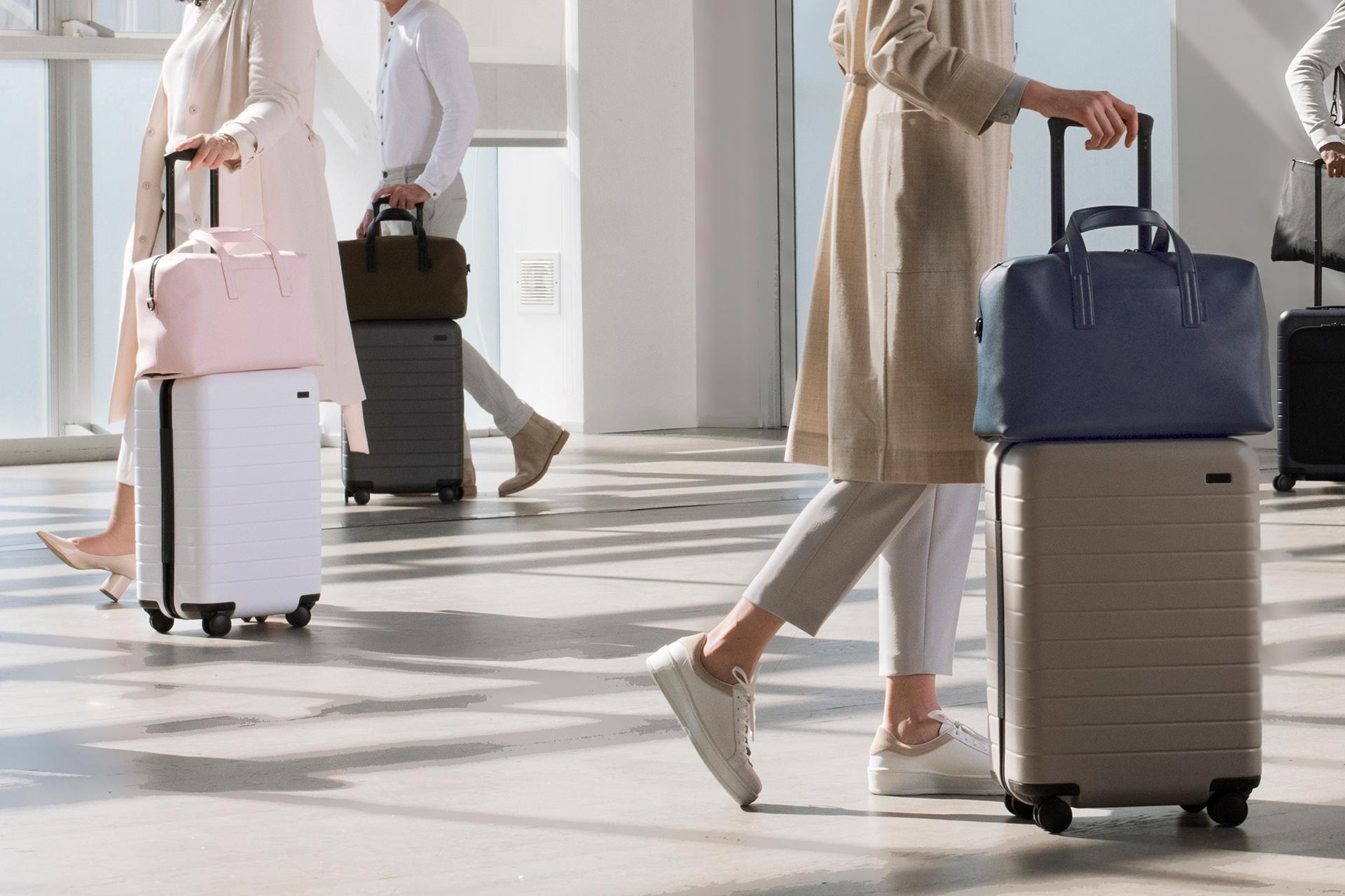 Away-Travel Uniform_04.jpg