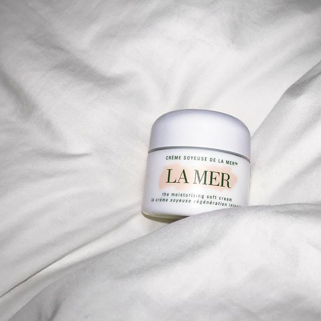 I am a La Mer convert. Link to our latest review is in the thingy! ✨
