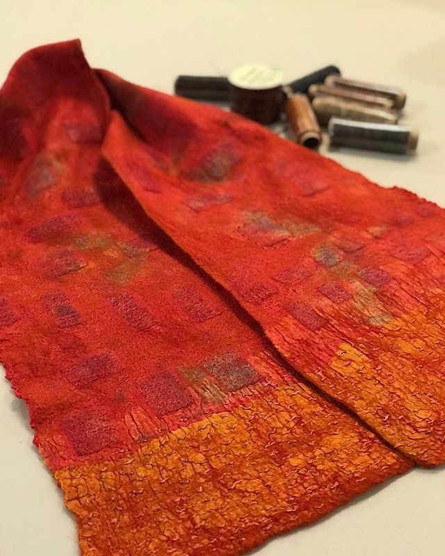 And I'm back to hand stitching! A little felted scarf with hand dyed silk gauze and gold raw silk borders. I've finished stitching the borders and now I'm ready to experiment with some new stitches and threads.  #vancouvermakers #handmadefelt #felted #felting #fiberart #fiberartist #wetfelted #merino #nunofelting #nunofelt #nunofelted #curatedstyle #vancouverdesigner #feltdesigner #feltersofinstagram #handdyed #handmadeinvancouver #handmadeincanada
