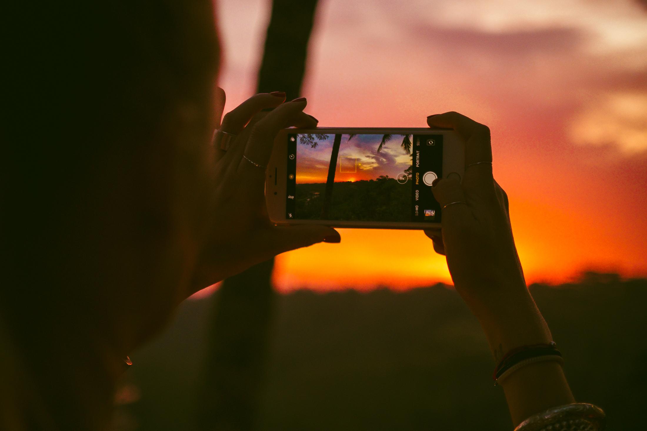 Luiza captures the sunset