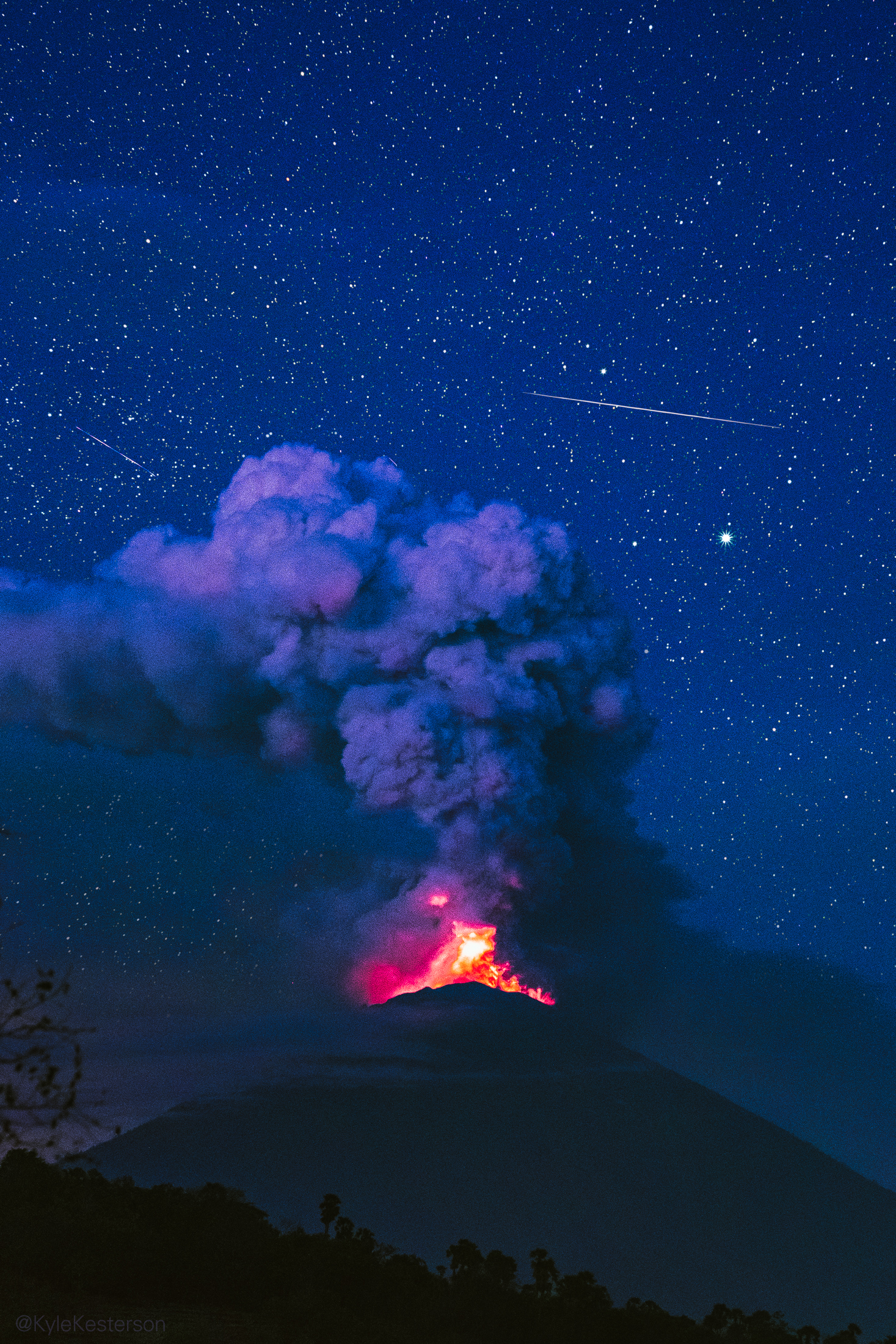 Eruption at Mt. Agung