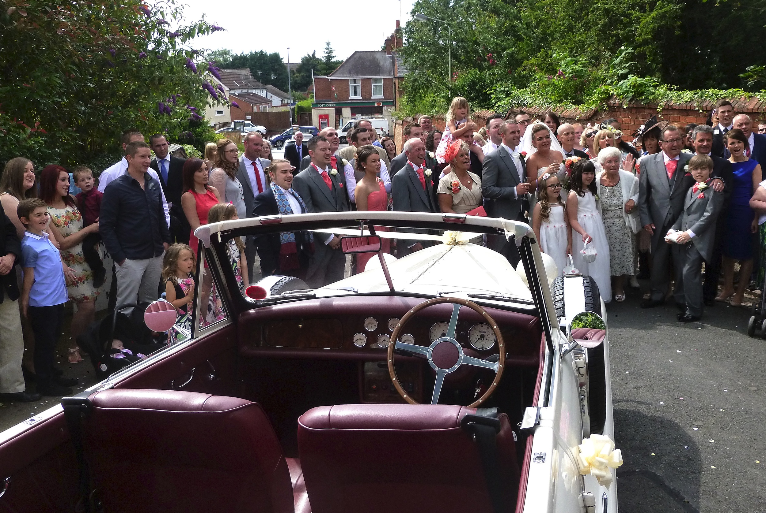 Time for the group photo and then off on a gentle drive through the village of Whetstone to the reception a few miles away in Braunstone.