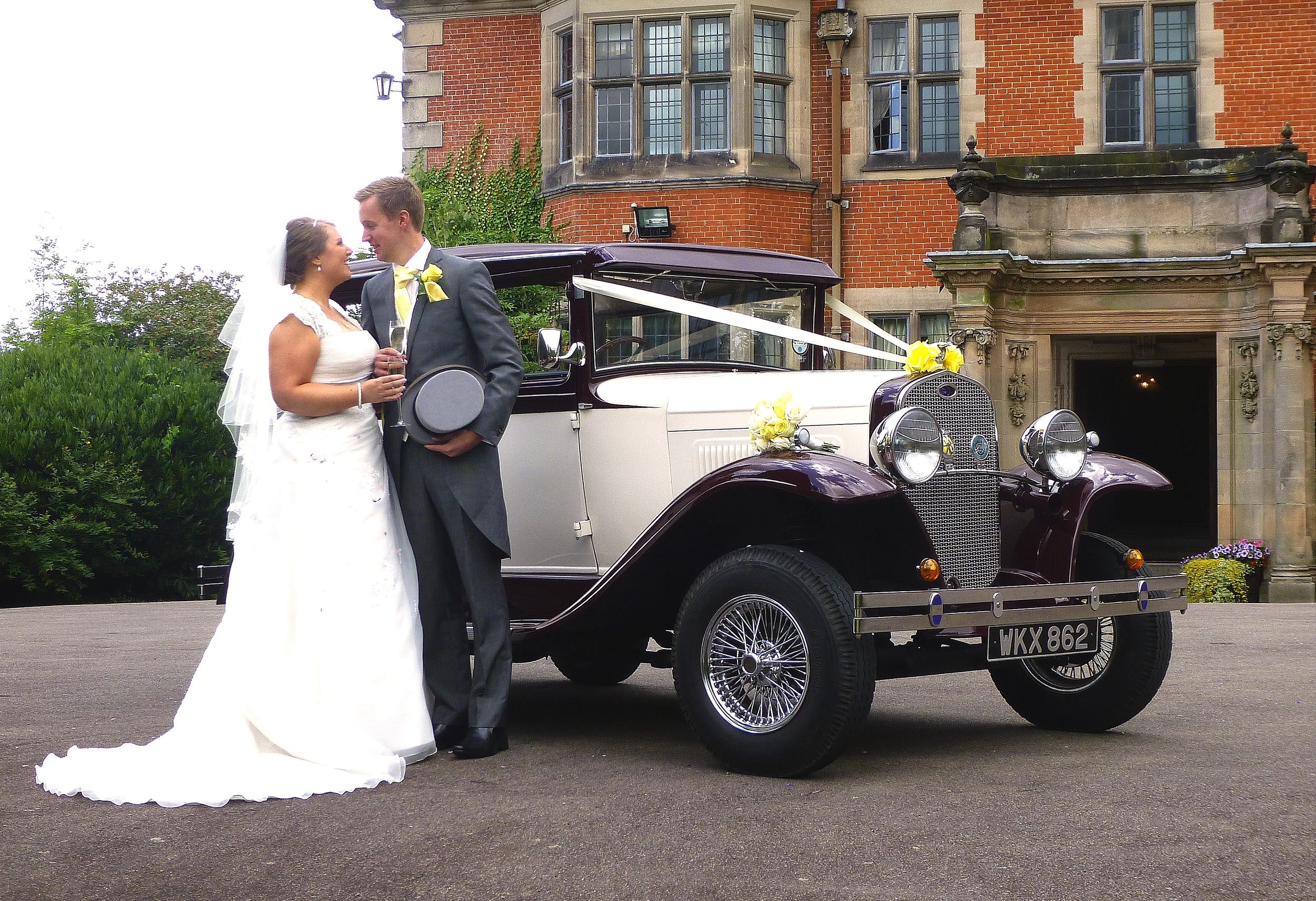 Dunchurch Park Hotel. Joanna and Gareth enjoying a quiet time for some photos prior to the arrival of guests.