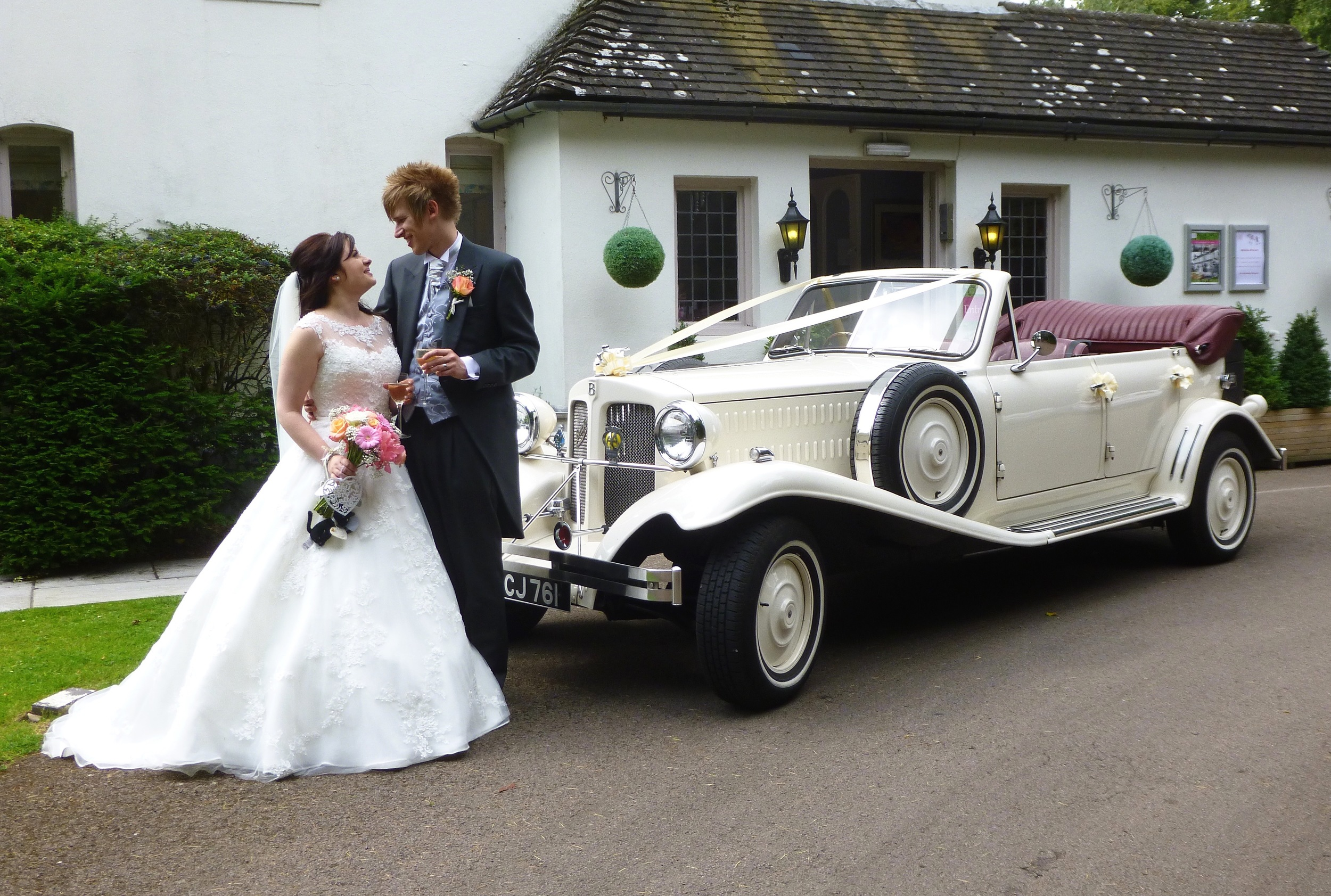Tim and Gemma following arrival at Ashton Lodge Country House. A lovely location in the Hamlet of Street Ashton, Rugby.