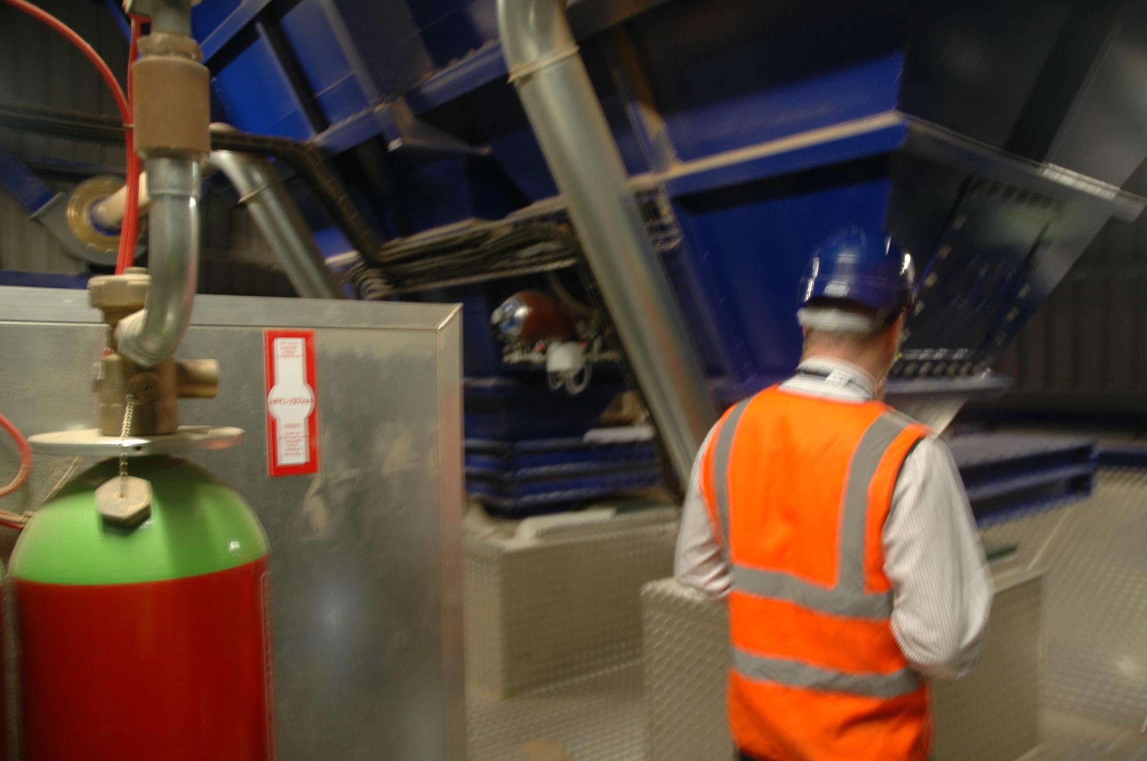 safety bulk ship unloading hopper dust control Eco-hopper