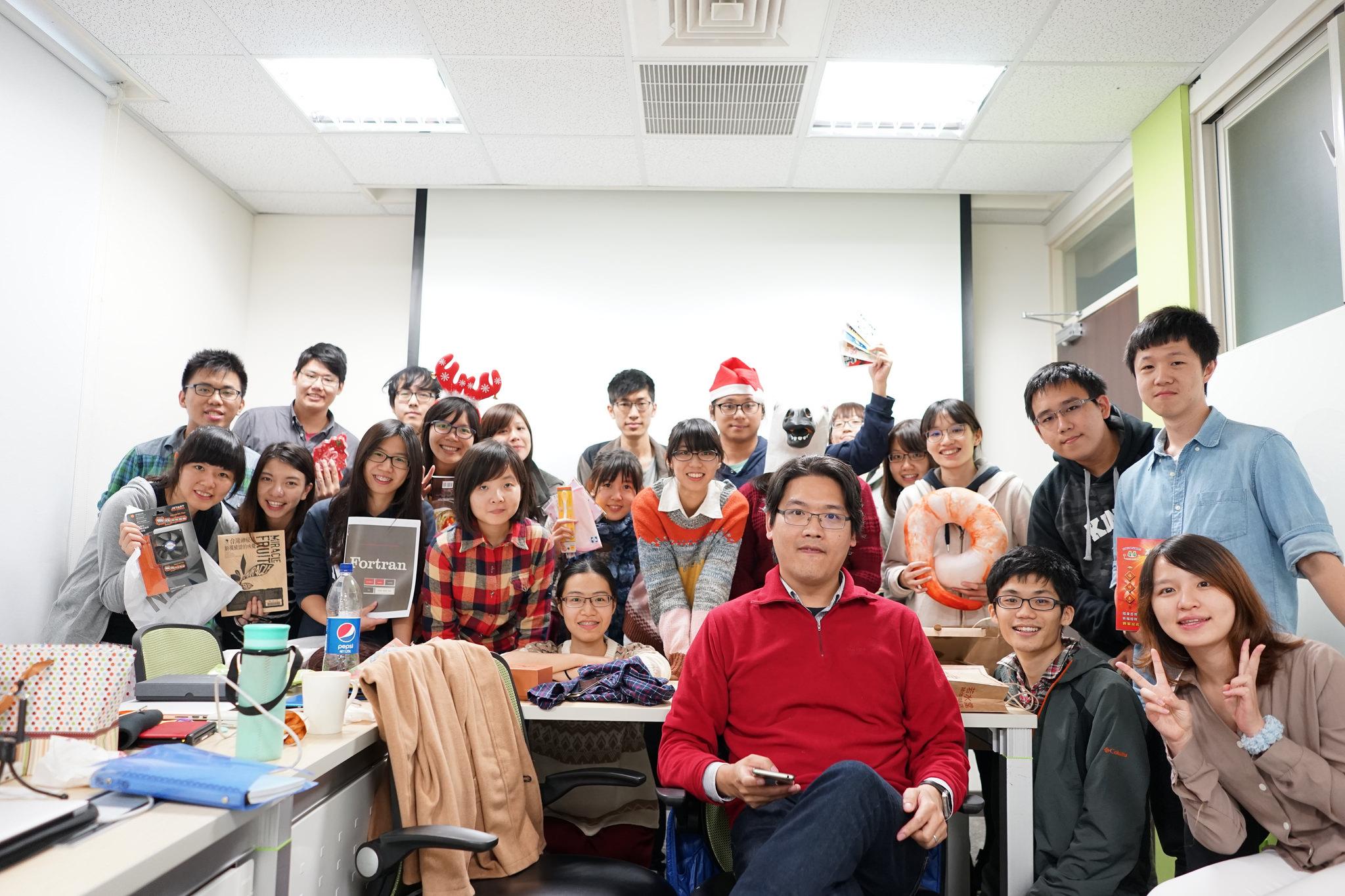 holiday group photo 2015