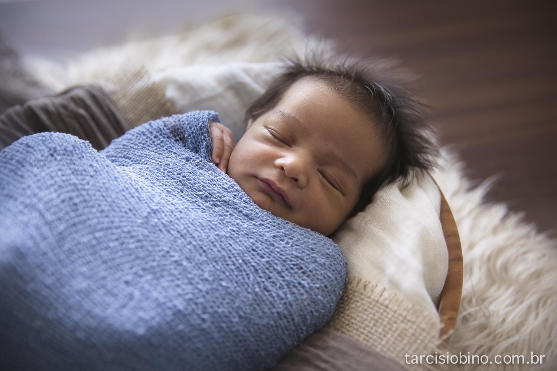 140830-Newborn-Pedro-0016-final.jpg
