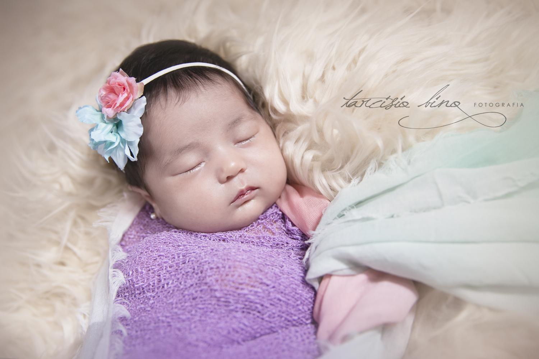 141026-Newborn-Valentina-0044-final-final.jpg