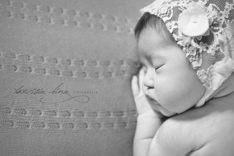 141026-Newborn-Valentina-0200-final-final.jpg