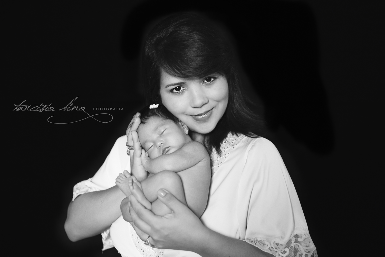 141026-Newborn-Valentina-0229-final-final.jpg