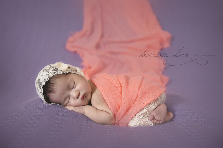 141026-Newborn-Valentina-0220-final-final.jpg