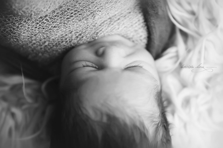 150408-Newborn-Davi-0078-final.jpg