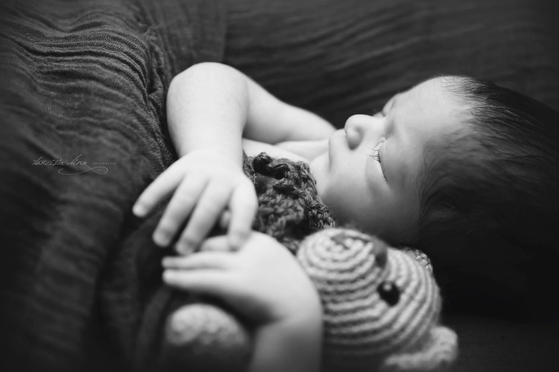 150408-Newborn-Davi-0140-final.jpg