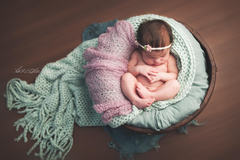 150628-Newborn-Julia-0137-final-final.jpg