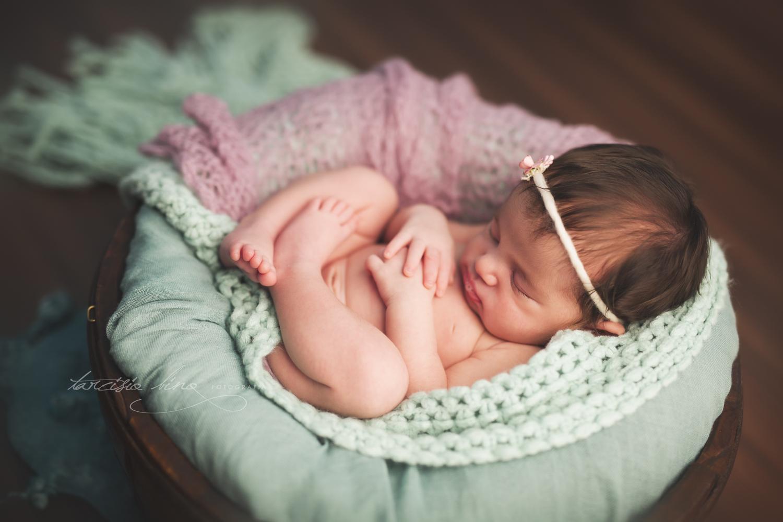 150628-Newborn-Julia-0135-final-final.jpg