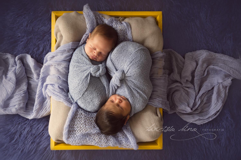 150812-Newborn-Antonio&Carlos-0020-final-final.jpg