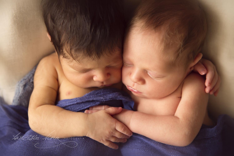 150812-Newborn-Antonio&Carlos-0108-final-final.jpg