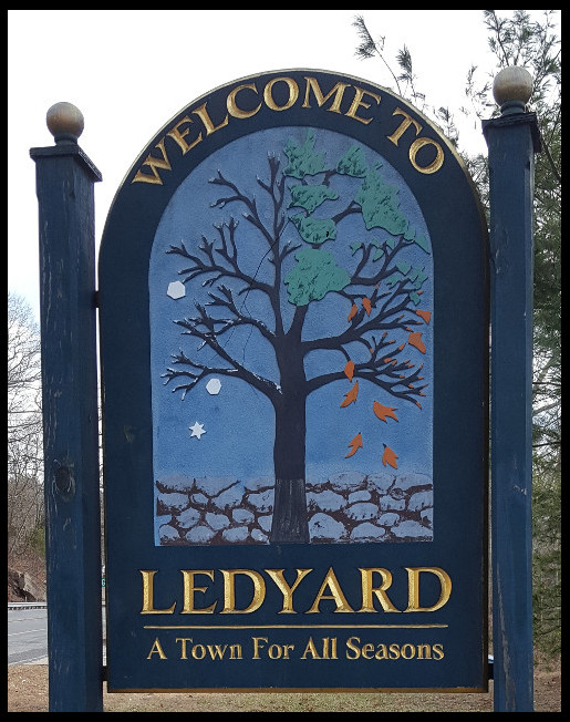 ledyard_town_sign.jpg
