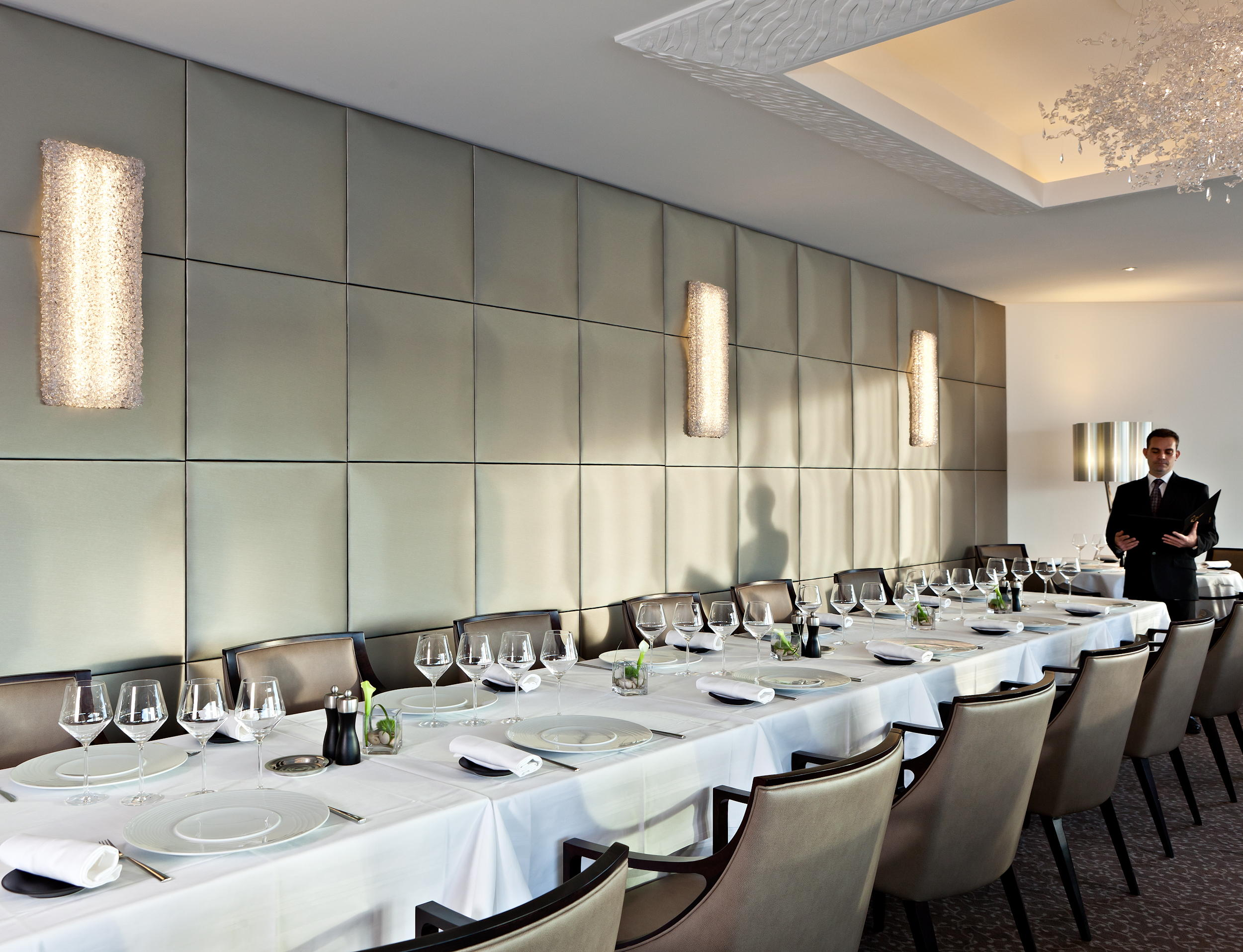 bp-ilerousse-restaurant-008.jpg