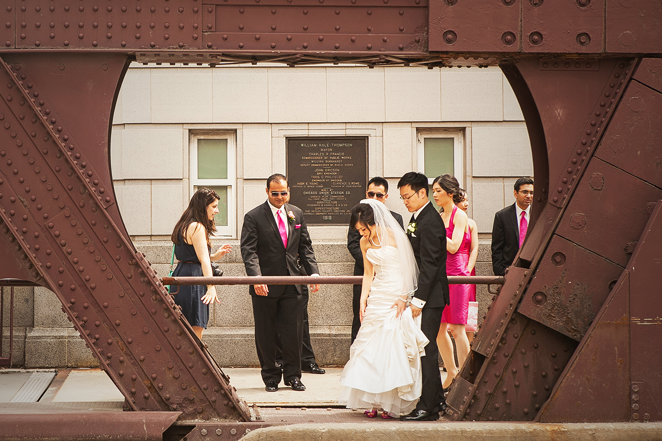 There I am placing everyone for a bridal party shot! Those are some super expressive hand gestures :)