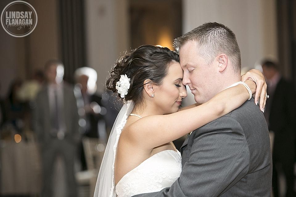Mount_Washington_Hotel_Wedding_Photography_New_Hampshire_Fall_Danielle_Vinnie_19.JPG