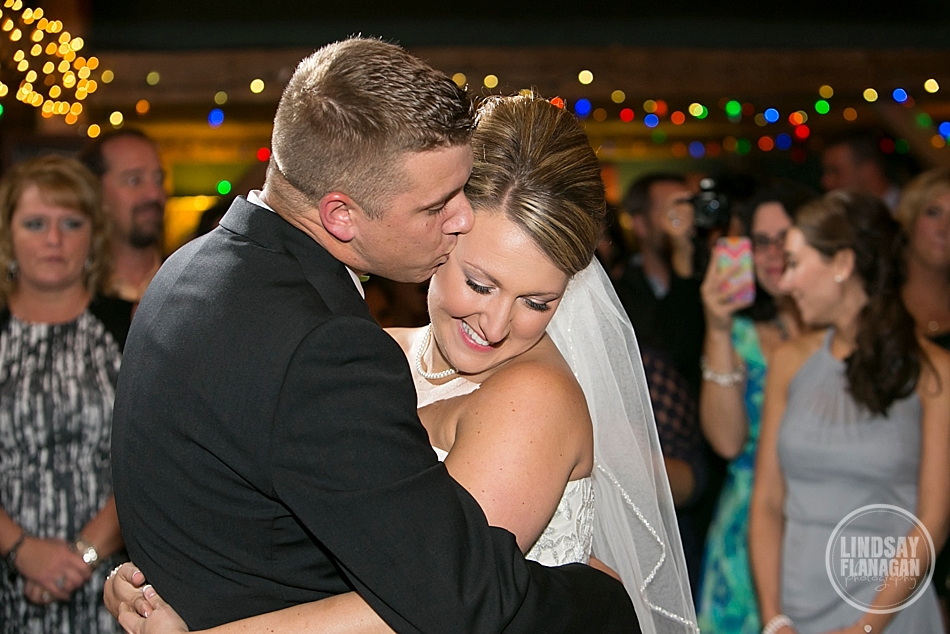 Stone-Mountain-Arts-Center-Wedding-Reception-First-Dance