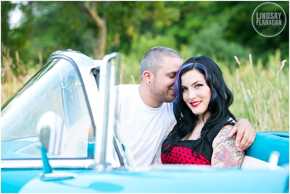 Retro-engagement-session-NH-Wedding-photographer-Lindsay-Flanagan-Photography_0005.jpg
