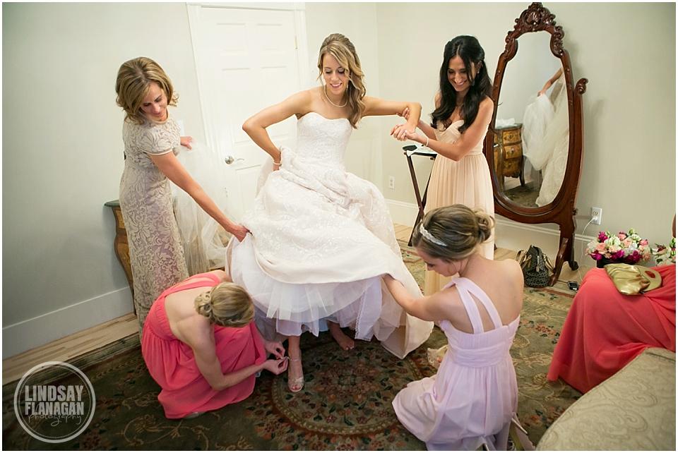 Topsfield-Commons-1854-Wedding-Lindsay-Flanagan-Photography-WEB_0004.jpg