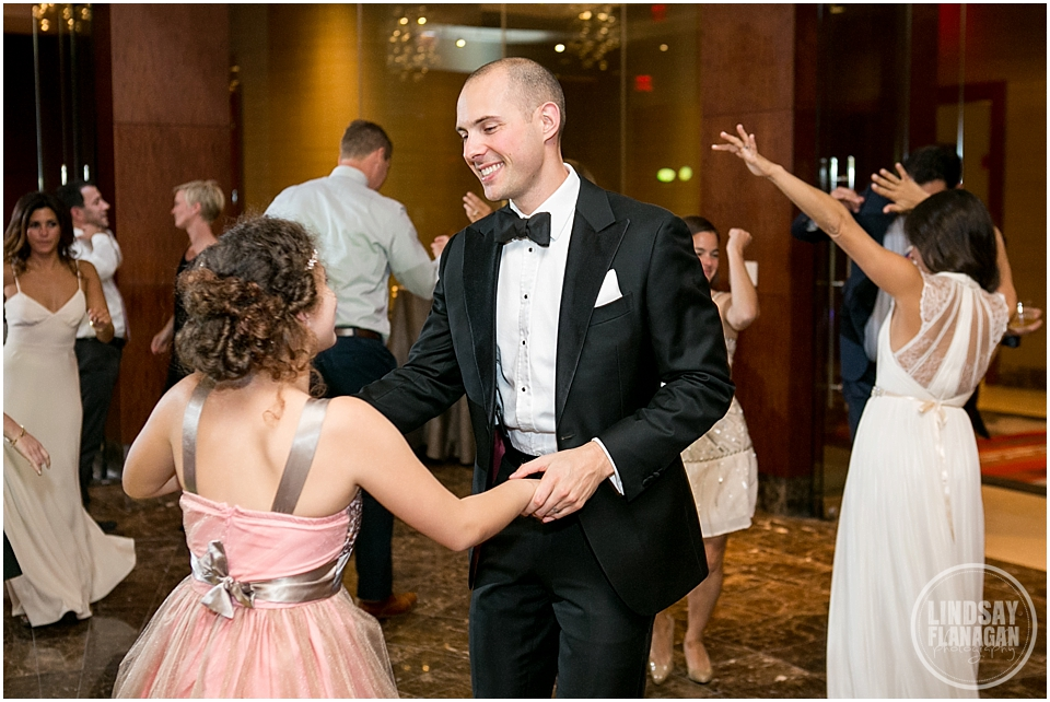Battery-Wharf-Hotel-Wedding-Boston-MA-Lindsay-Flanagan-Photography_0041