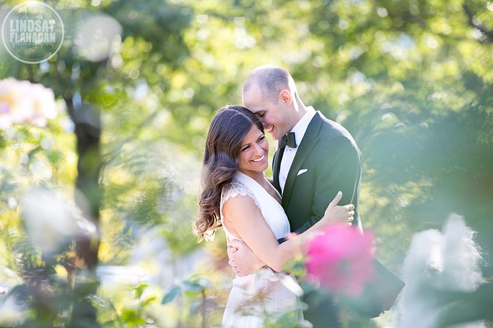 Battery Wharf Hotel Boston City Wedding by Lindsay Flanagan Photography | www.lindsayflanagan.com