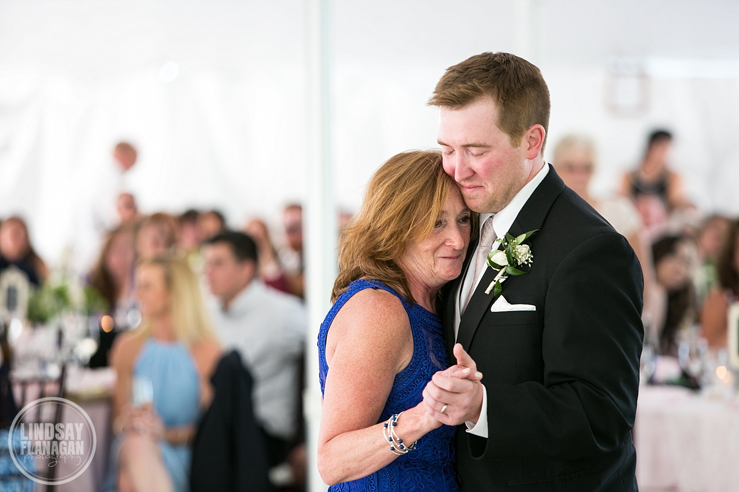 Eagle-Mountain-House-New-Hampshire-Summer-Wedding-Reception