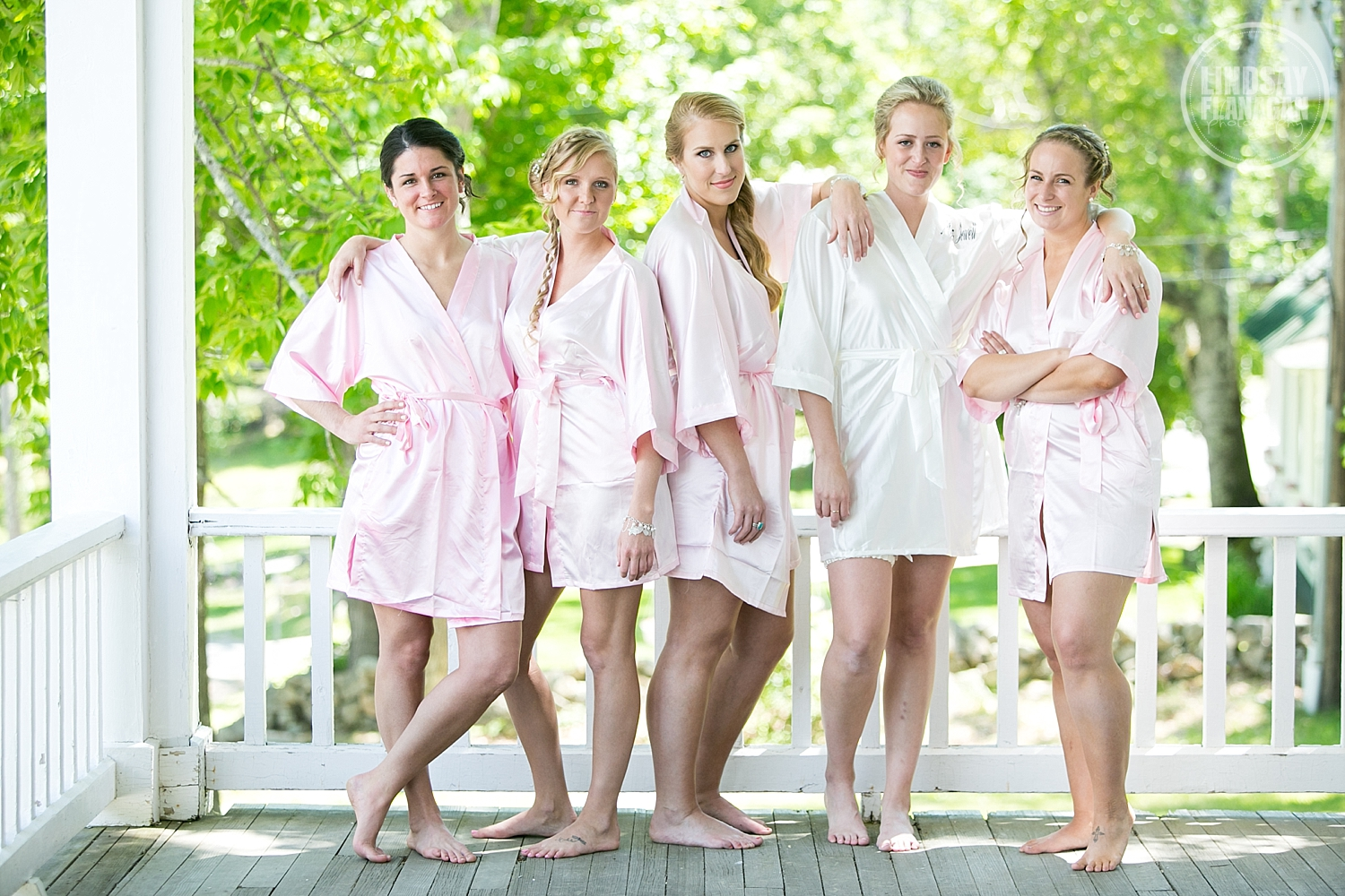 Eagle-Mountain-House-New-Hampshire-Summer-Wedding-Bridesmaids