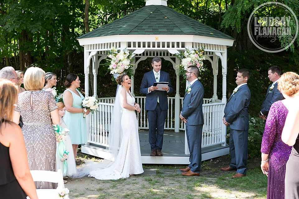 Wentworth-Inn-Jackson-New-Hampshire-Wedding-Ceremony