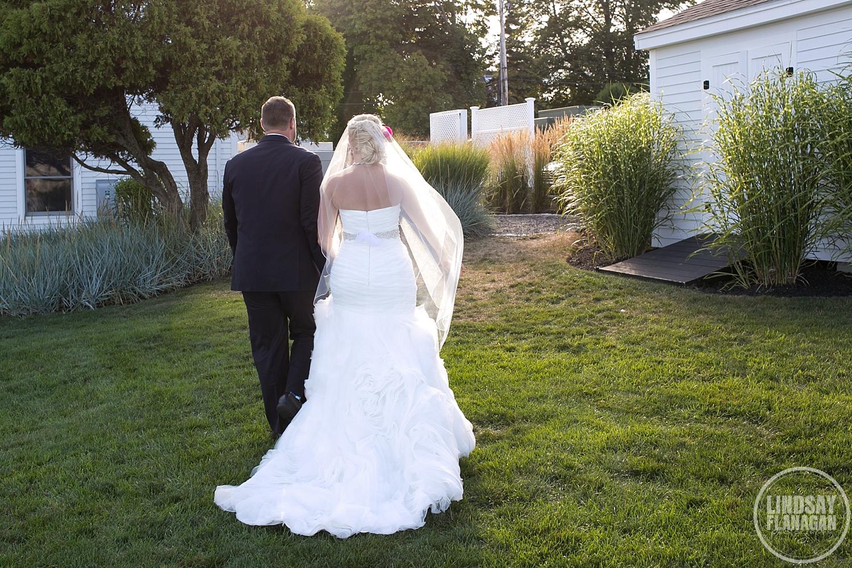 Union-Bluff-York-Maine-Meeting-House-Wedding