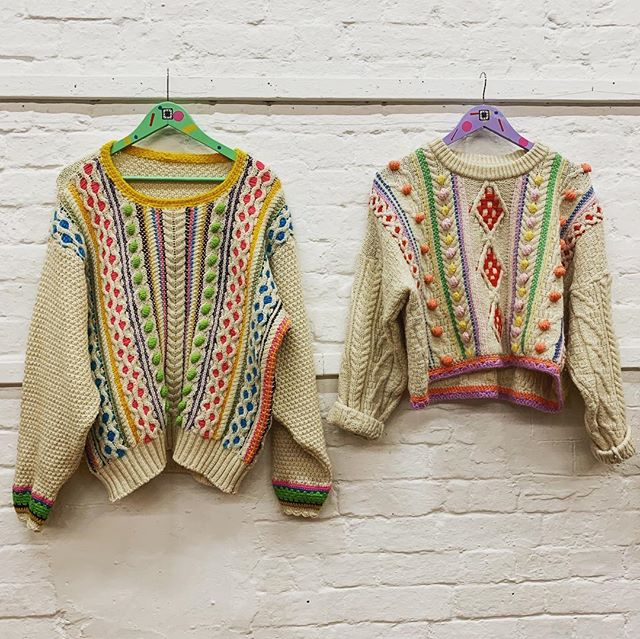 If you're at @unravelfestival this weekend you MUST go and see these incredible jumpers by @katiejonesknit - completely inspiring and amazing (come and see me too, I'm in the Great Hall)