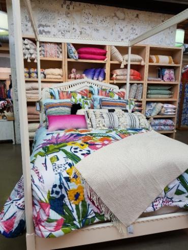 Spring decor and London shopping Feb 2018_html_m61f2ed47.jpg