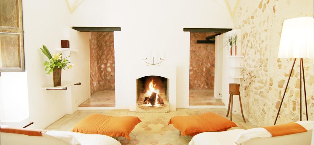 kamin-suite-principal-finca-hotel-refugio-son-pons-mallorca