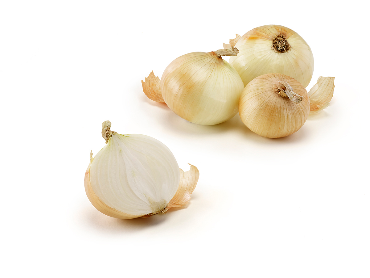 Nature's Partner Vidalia onions will begin shipping the third week in April.  Access high resolution image.