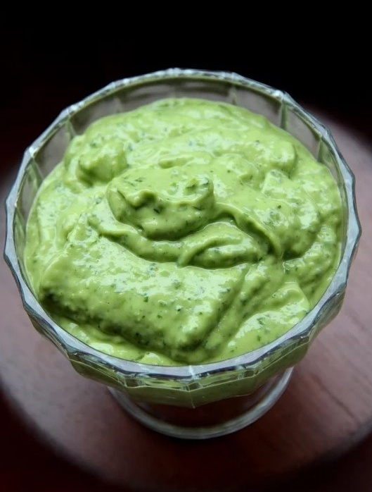 The Two-Minute Drill: Avocado Sauce - Things have been going well. Exceptionally well. Too well. Your guacamole will go down in the party snack hall of fame. But therein lies the problem. It's almost out and now you're scrambling to whip something up to keep the momentum going. Well, you're in luck. All you need is a couple minutes and a few ingredients (just one avocado!) to put together a creamy dipping sauce that that will seal the deal. You're welcome.Photo and recipe via: Laylita - Avocado Sauce