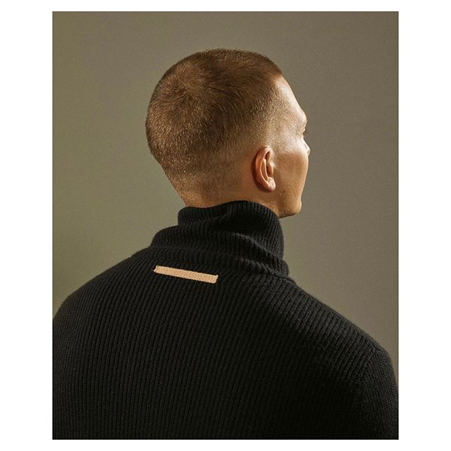 @helmutlang PreFall 19 styling by @mac_huelster hair by @nerohair art direction by @beccathandi