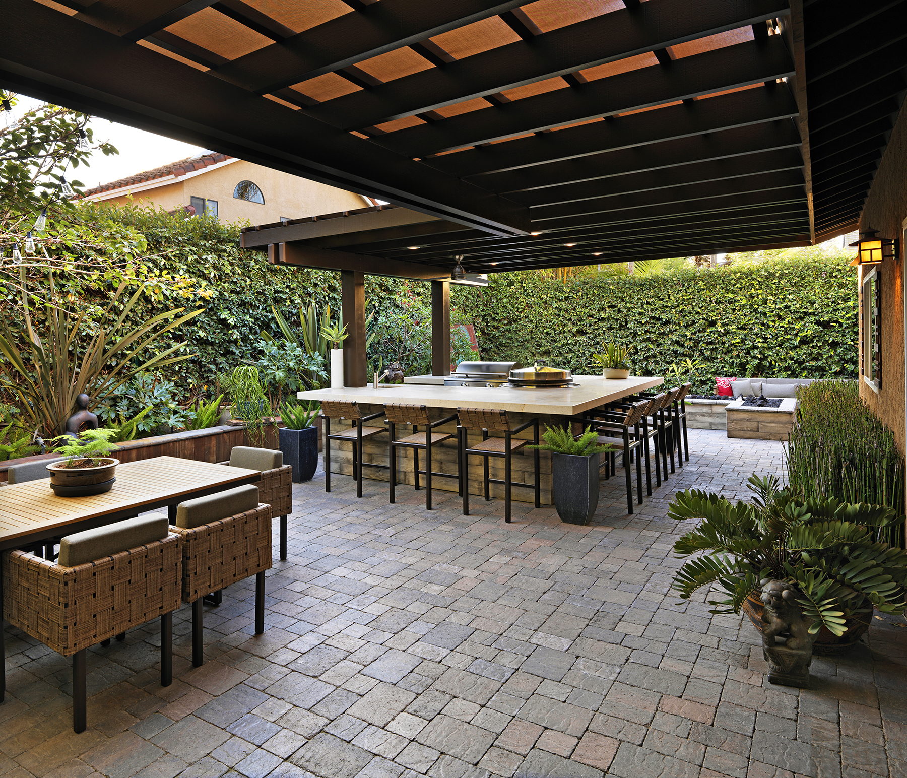 Wonderful Outdoor Dining Area Design And Decorating Ideas: SAM THE COOKING GUY