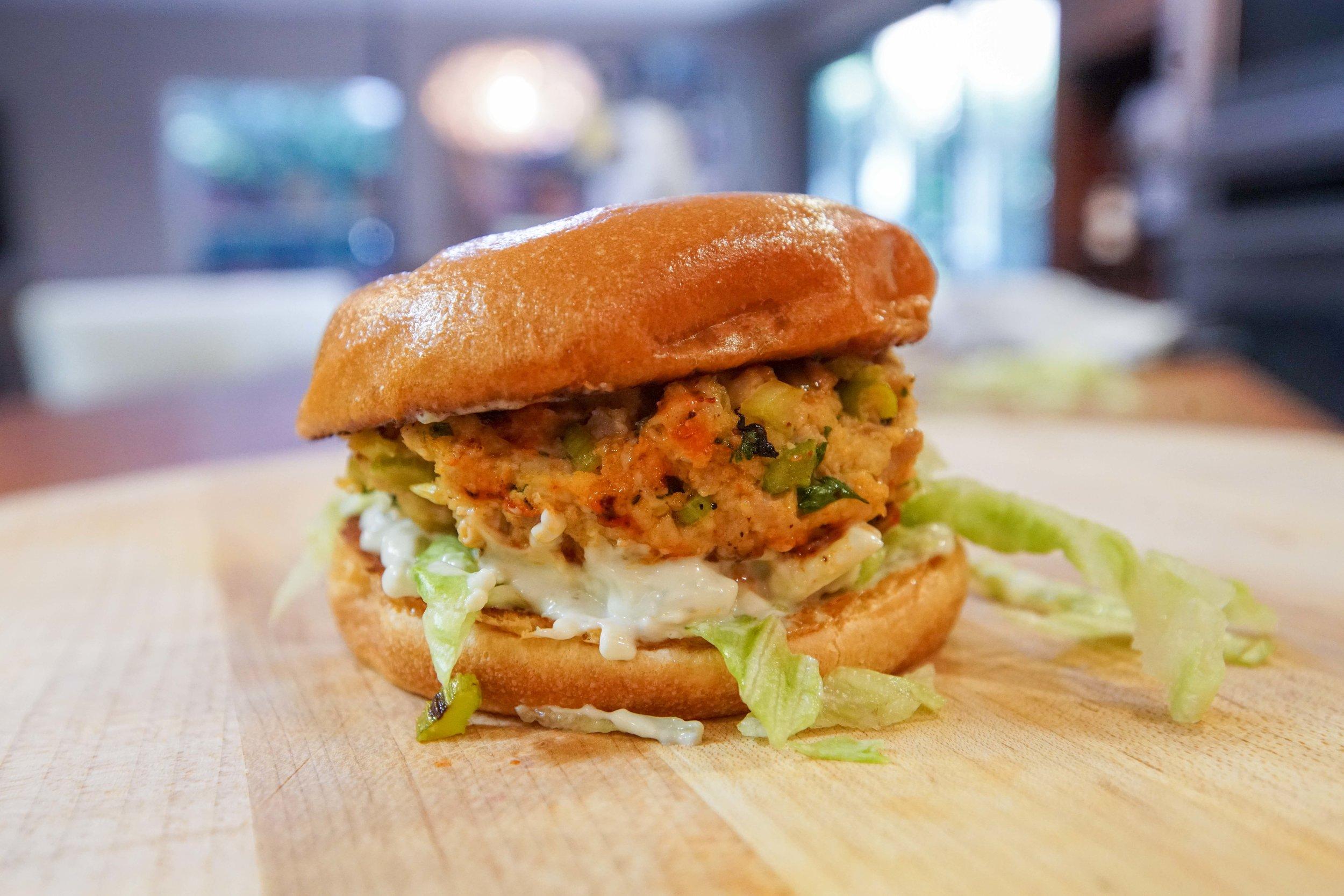 Buffalo Chicken Burger stcgo